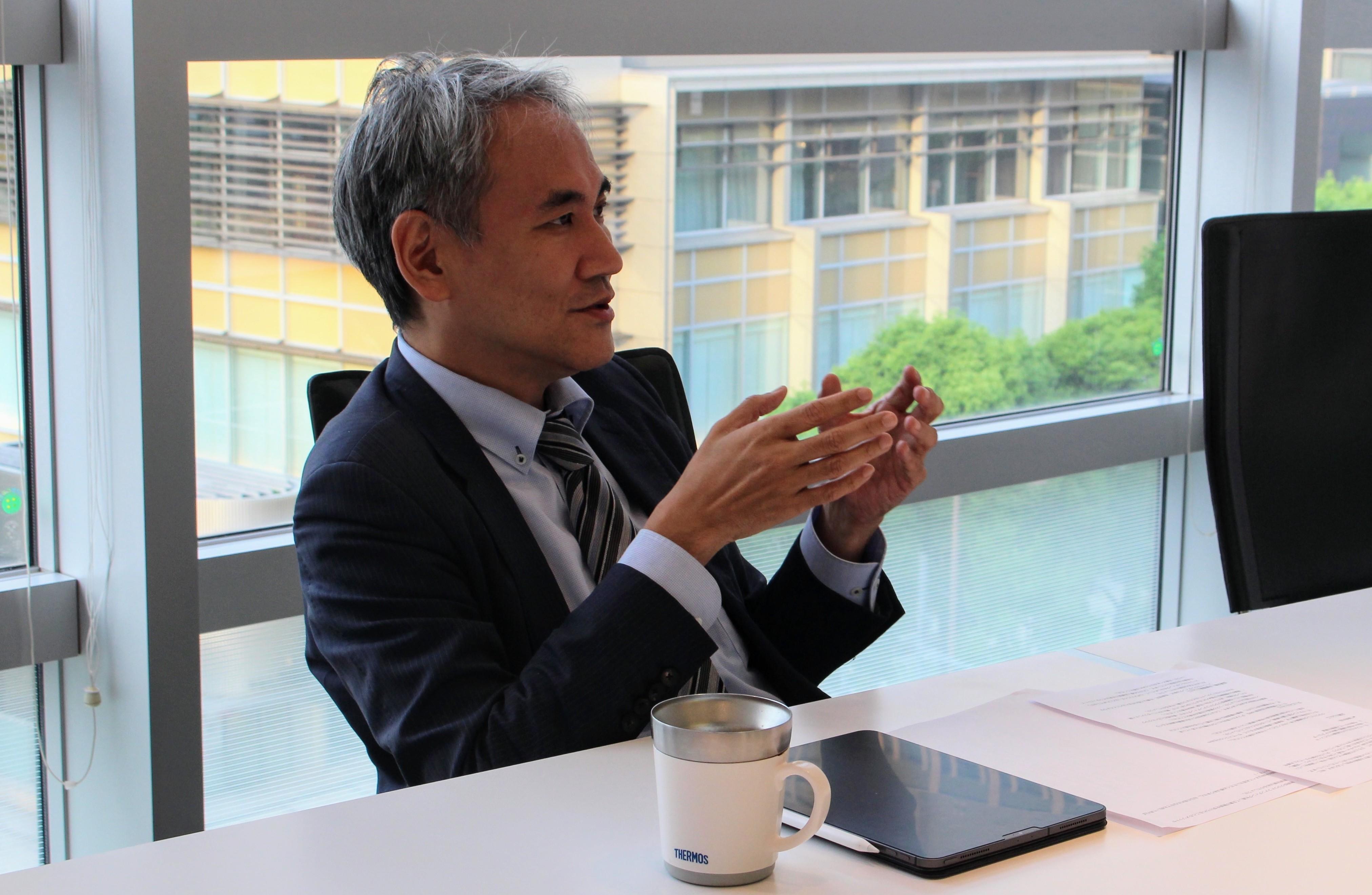 Crowdbankのミドルリスクの定義を話す金田社長