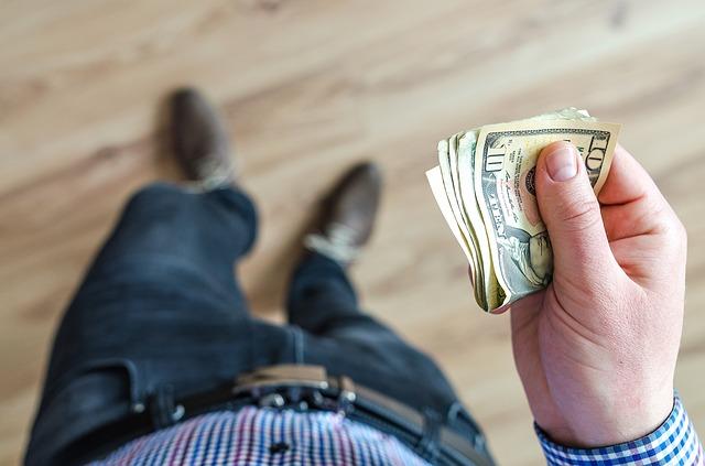 ビットコイン借金返済